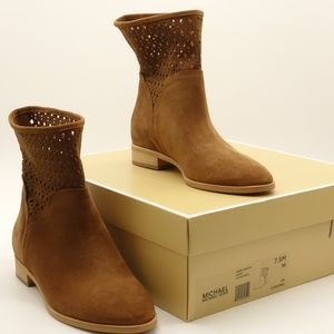 NWT MICHAEL KORS Sunny Bootie Brown Suede 🌵